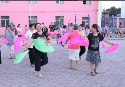 社区广场舞表演